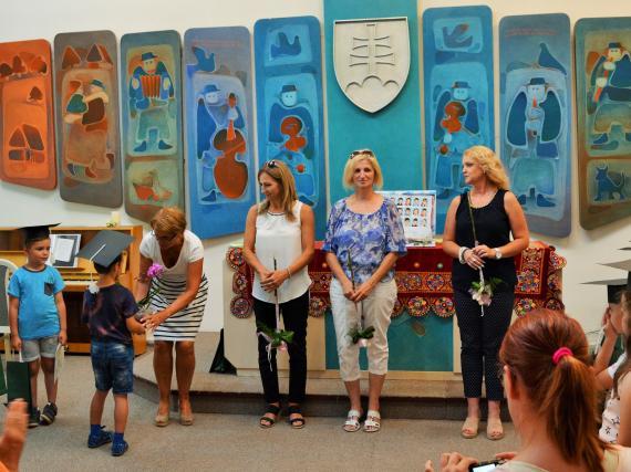 Vďaka pani učiteľkám z Materskej školy A Bernoláka v Detve - foto Z  Juhaniaková.jpg b165cb7f5f2