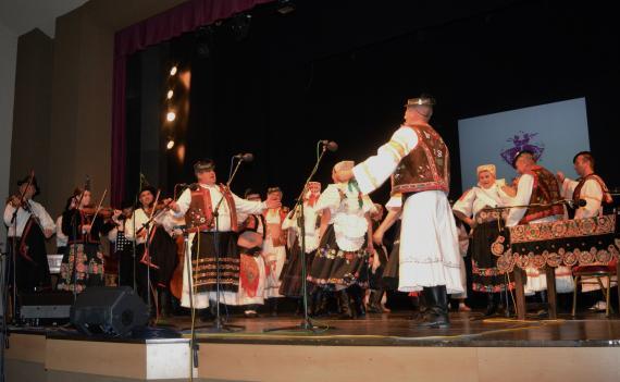 d89279473 Folklórna skupina Detvani rozvírila atmosféru na javisku