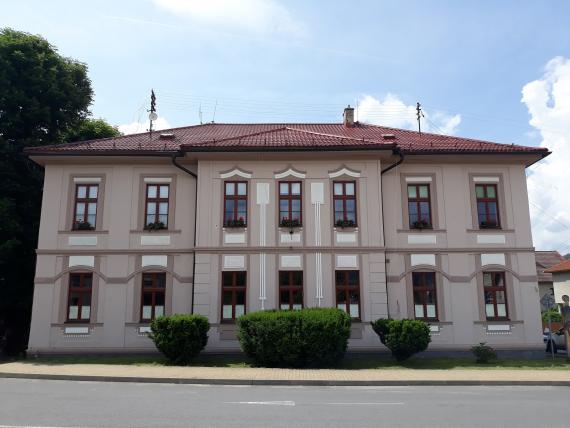 Fasáda historickej radnice mesta Detva c18f574f35c