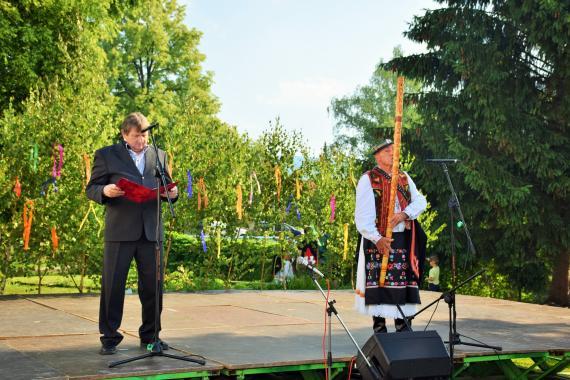 Jozef Černecký a Jozef Uhrin na pódiu 76235e8d8a3