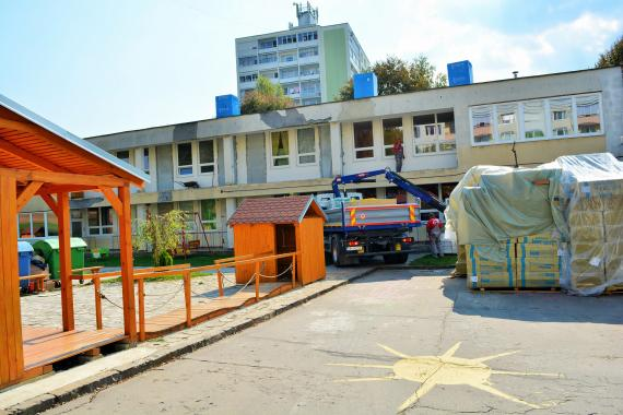 e08c8953b Materská škola na ulici M. R. Štefánika, rekonštrukčné práce